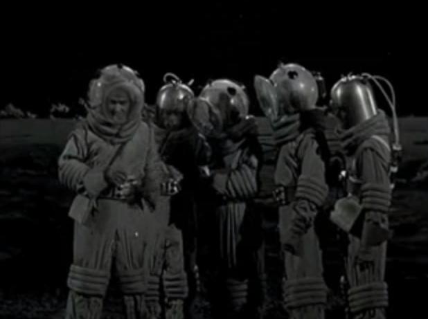 Cat women of the moon 2